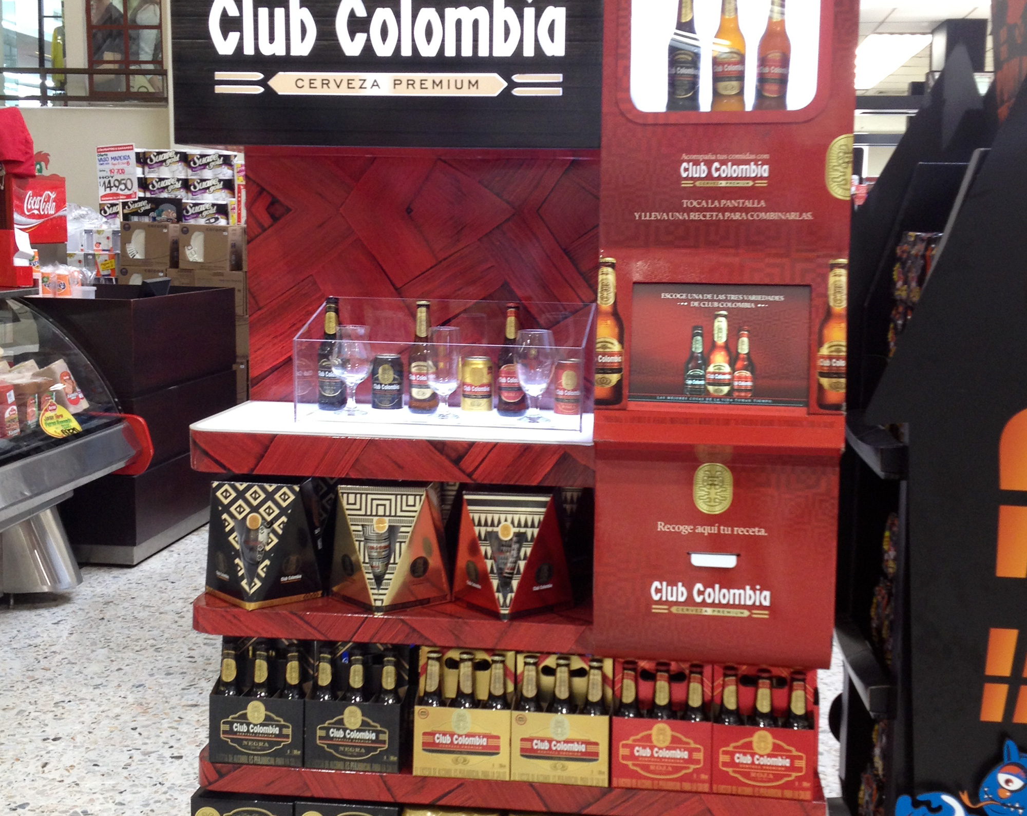 Visual Merchandising Sensorial CLUB COLOMBIA
